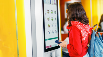 How Digital Signage Is Being Used To Increase Sales and Improve Customer Service In Restaurants